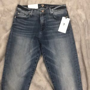 BNWT 7 for all mankind super skinny jeans